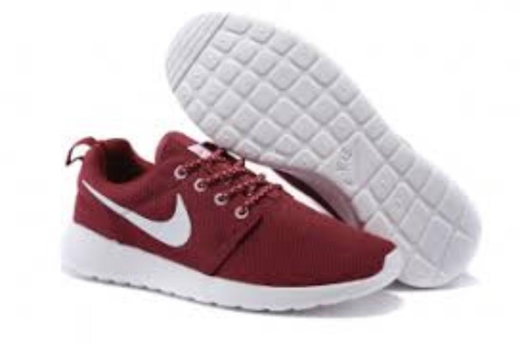 pretty nice 543e0 d8e67 Nike Roshe Run Burgundy-Varsity Red
