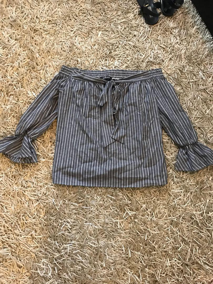 Off the shoulder top from M boutique - size small