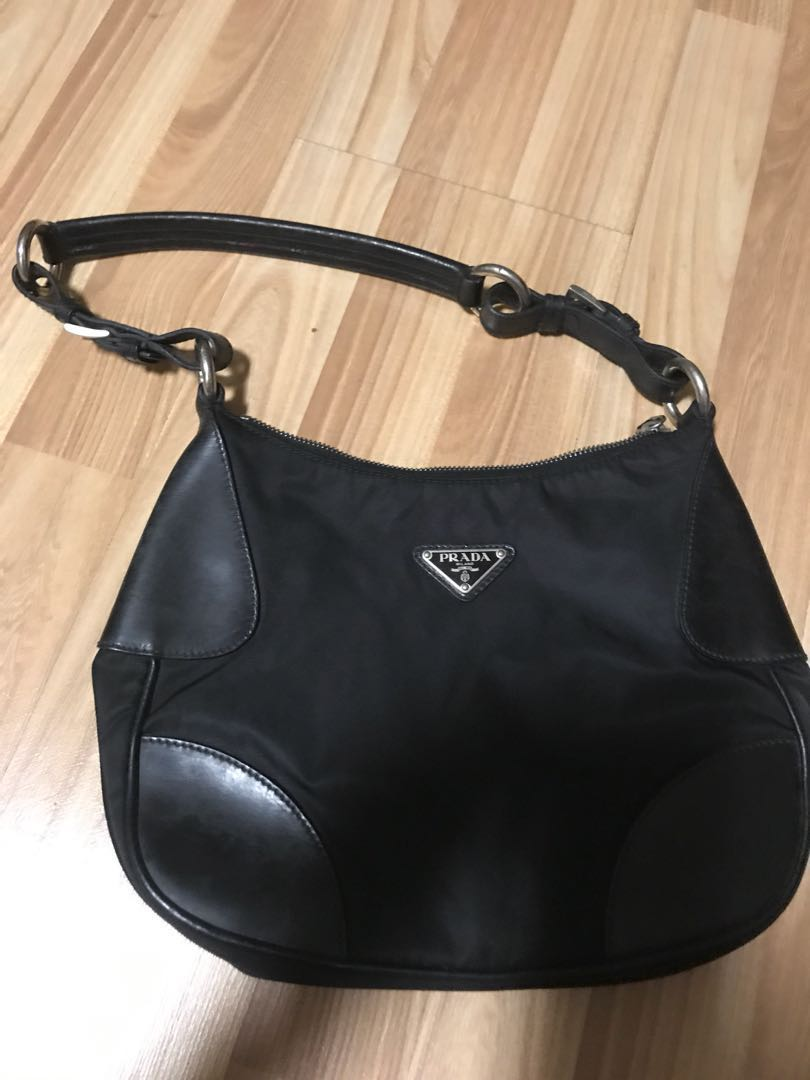 f523a623cd41 ... nappa leather small for sale d4566 42246; uk prada shoulder bag urgent  sale luxury bags wallets handbags on carousell 7ec8b da703
