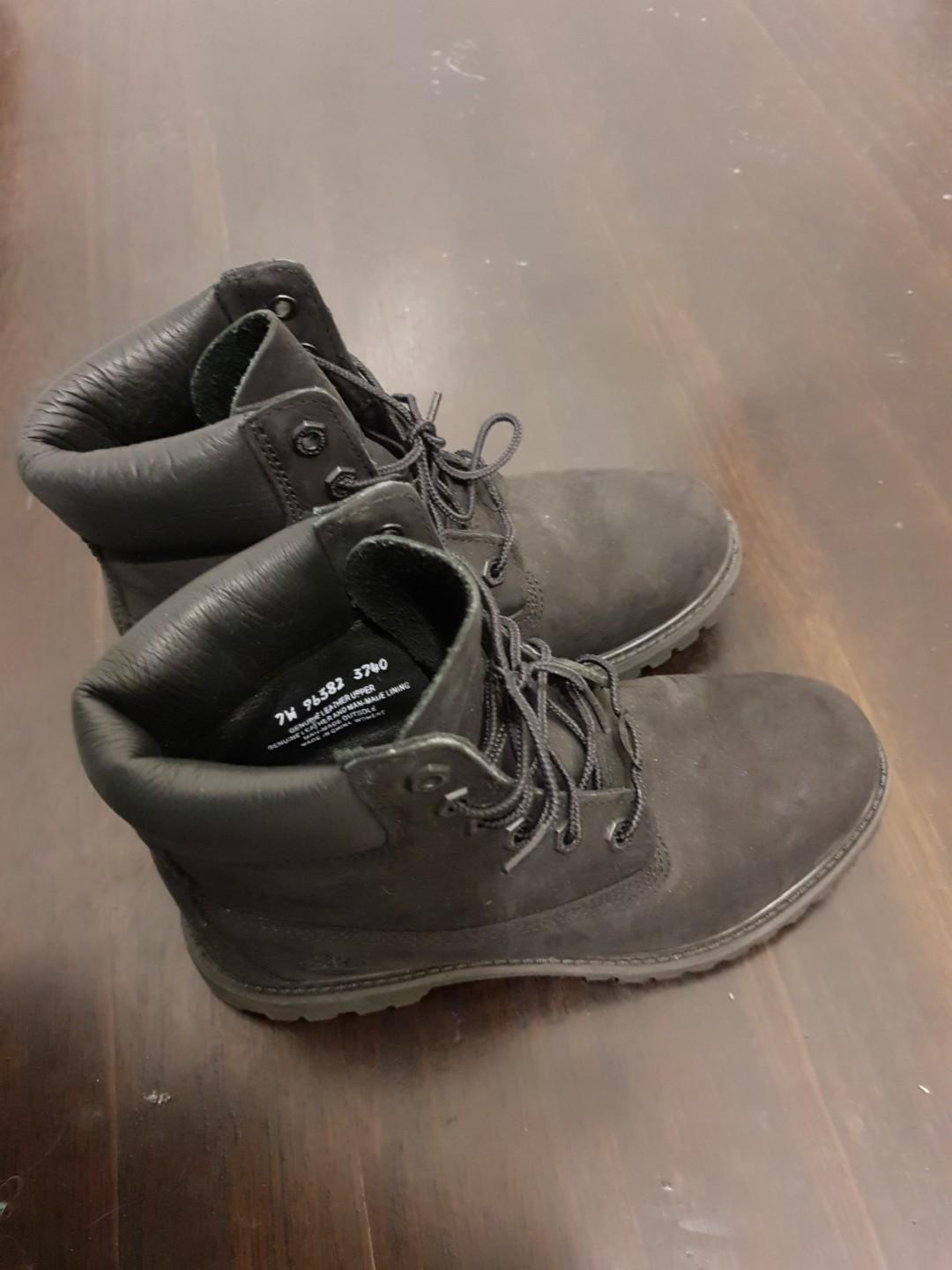 Timberlands boots leather