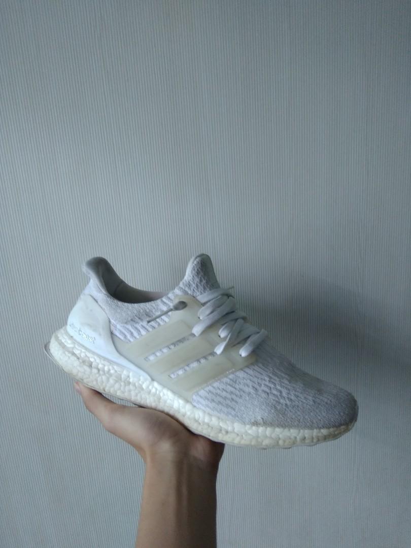 separation shoes 67d6b 75ea1 ultra boost 3.0 triple white, Mens Fashion, Footwear, Sneake