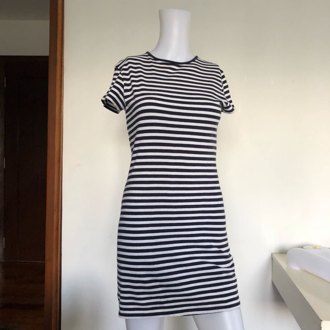 f6bb1a92e2 ZARA Striped Navy Dress, Women's Fashion, Clothes, Dresses & Skirts ...