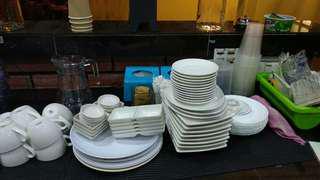 Plates / Sources / Bowls