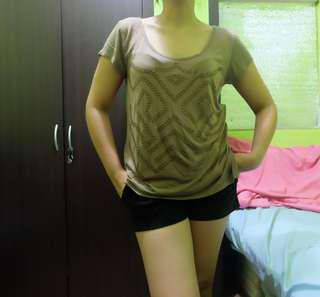 GUESS studded t-shirt
