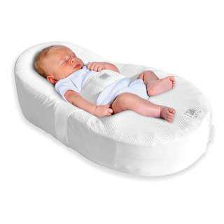 Red Castle CocoonaBaby Nest + free extra cover!