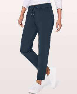 Lululemon On the Fly Pant (Nocturnal Teal, size 4)