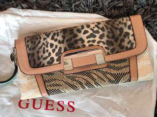 Guess Clutch - never used