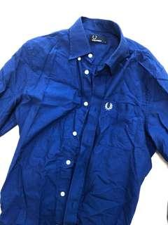 🚚 Fred Perry shirt- size small