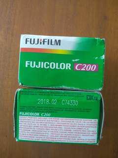 Roll film Fujicolor C200 (expired)