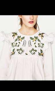[DICARI] Zara embroidery top