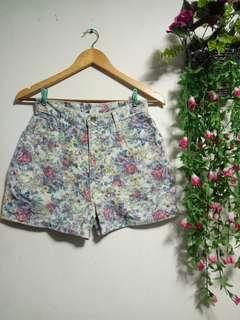 Floral Highwaist Short