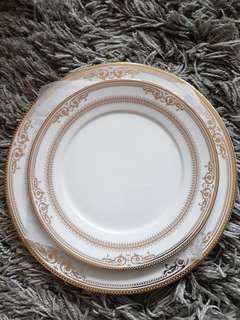 3-piece porcelain tableware set