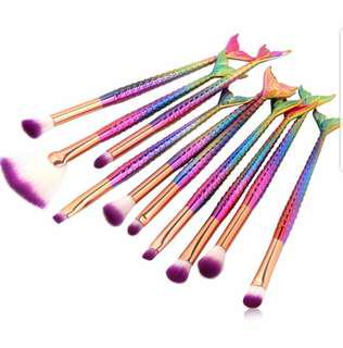 [Fast deal] 10 Pieces Make Up Brushes. Lerfel (Mermaid Rainbow)