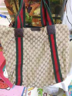 100%正版Gucci 手袋 88%新 平售$660
