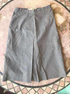 G2000 gray office skirt