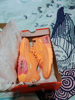 Auth Nike Airmax in excellent condition.WomansUS6