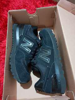 New Balance 574 womans US6 in  good condition