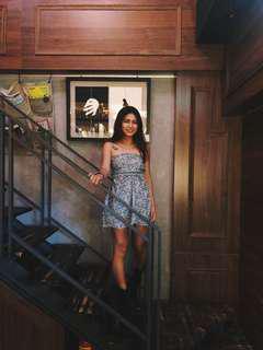 🚚 後蝴蝶結 綁帶平口碎花歐美洋裝