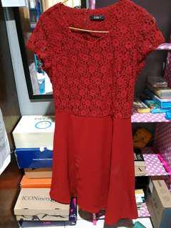 Midi dress merah esprise