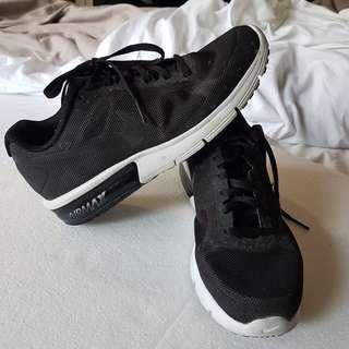 Black Airmax Fitsole - Size 6