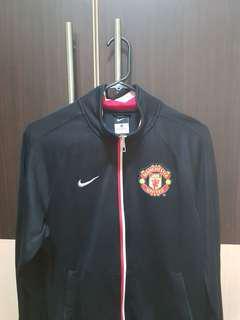 AUTNEHTIC Manchester United Jacket