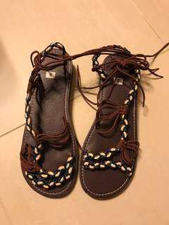 雲南民族鞋