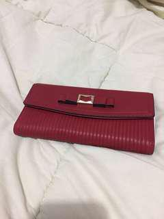 [NEW] Red Wallet
