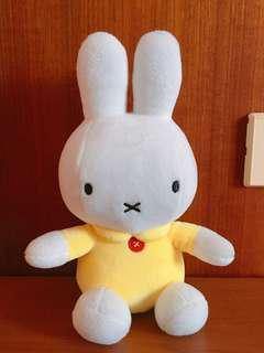 🚚 米飛兔娃娃