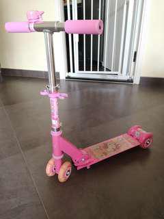 小童滑板車 hello kitty BB Baby stroller