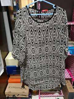 Atasan wanita blouse graphis
