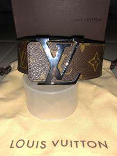 LV Monogram / Black reversible Belt
