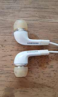 🚚 Original Samsung headphones