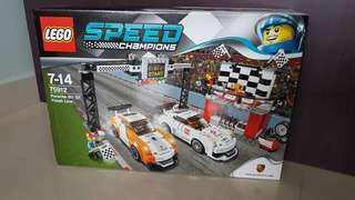 BNIB Lego 75912 Porsche 911 GT Finish Line
