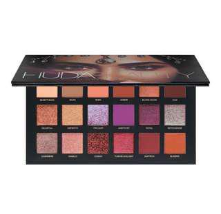 🌸 Huda Beauty Desert Dusk Eyeshadow palette