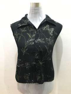 Sleeveless Polo Blouse