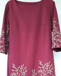 Dress Maroon Gold