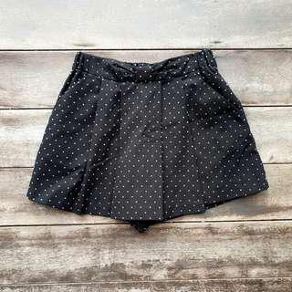 Polka Dot Overlap Ribbon Skorts (Black) | From Japan