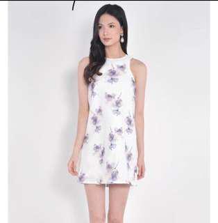 🚚 [Trade] BNWT Her Velvet Vase Floral Dressp