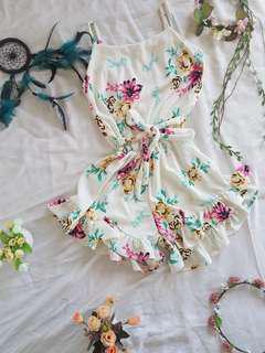 Sleeveless jumpshort (White floral) 👗