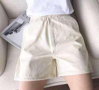米白色 短牛仔褲