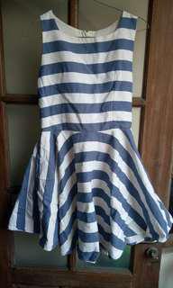 Dress mini garis2 biru putih