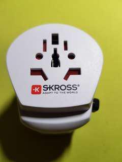 Skross Travel adapter