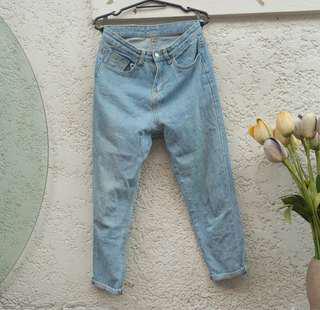 Mom Jeans no brand