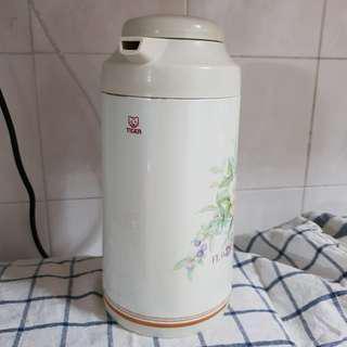 Preloved TIGER Made in Japan Thermal Flask 1L