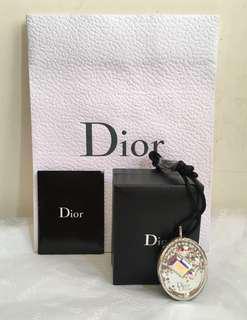 Dior 晶鑽項鍊(vip限量收藏款!最亮眼的收藏品!專櫃裏買不到的價格~閃閃發亮⋯😘