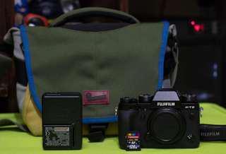 Fujifilm XT-2 Camera (Pristine Condition)