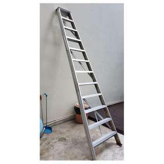 Tall Ladder. Still table and Usaeble