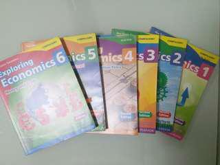 ECON F.4-F.6 教科書 9成新