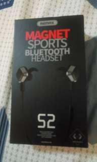 REMAX S2 magnet sports Bluetooth earpiece