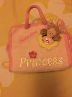 Carry along princess
